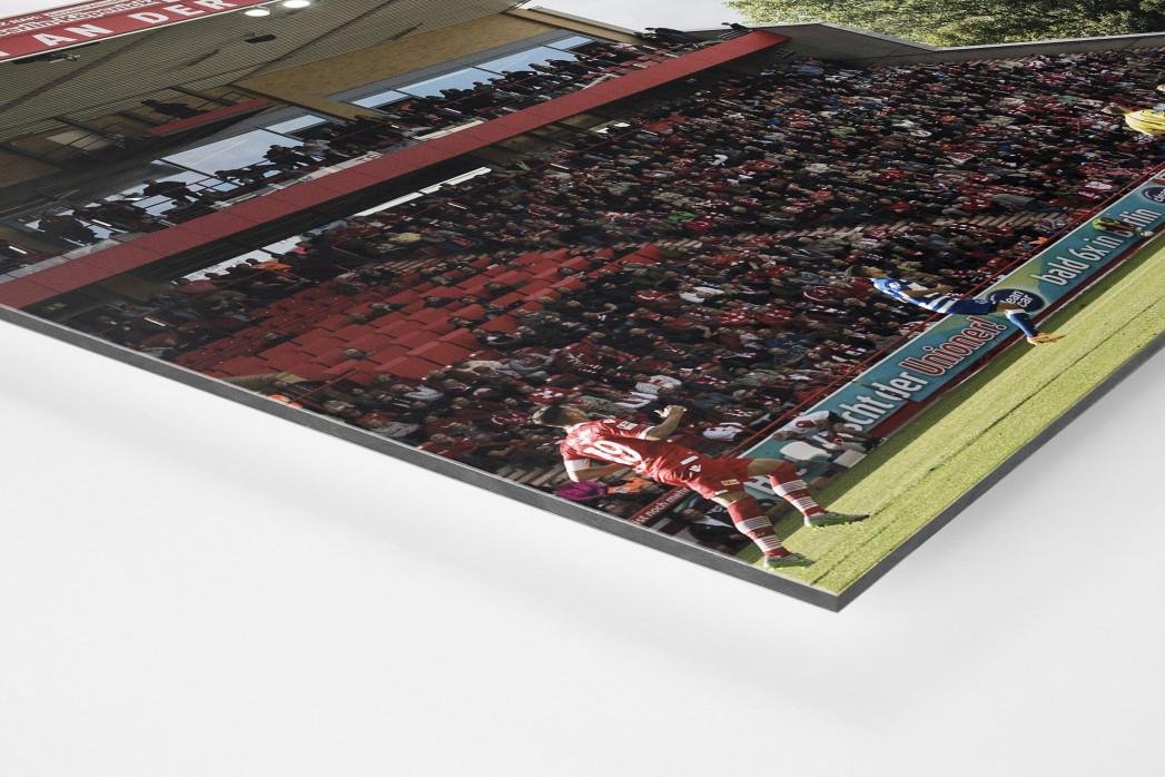 Alte Försterei Spielfeld und Tribünen als auf Alu-Dibond kaschierter Fotoabzug (Detail)