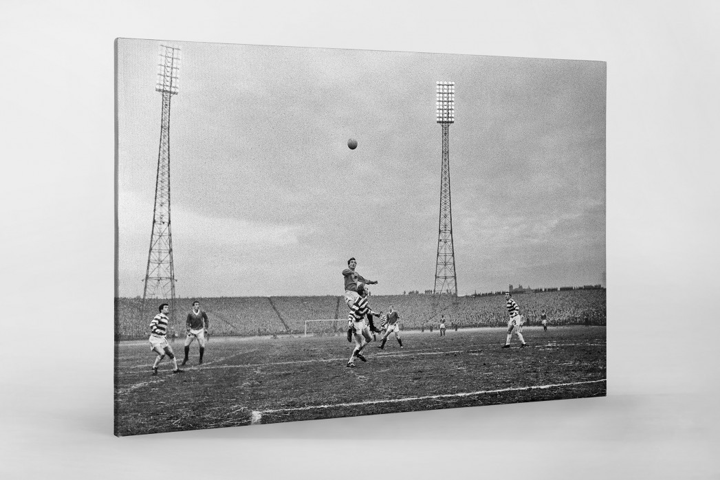 Rangers vs. Celtic 1968 als Leinwand auf Keilrahmen gezogen