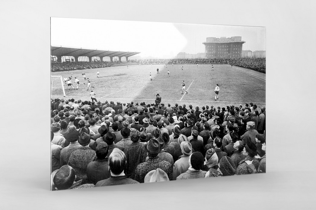 Millerntor Stadion 1966 als Direktdruck auf Alu-Dibond hinter Acrylglas