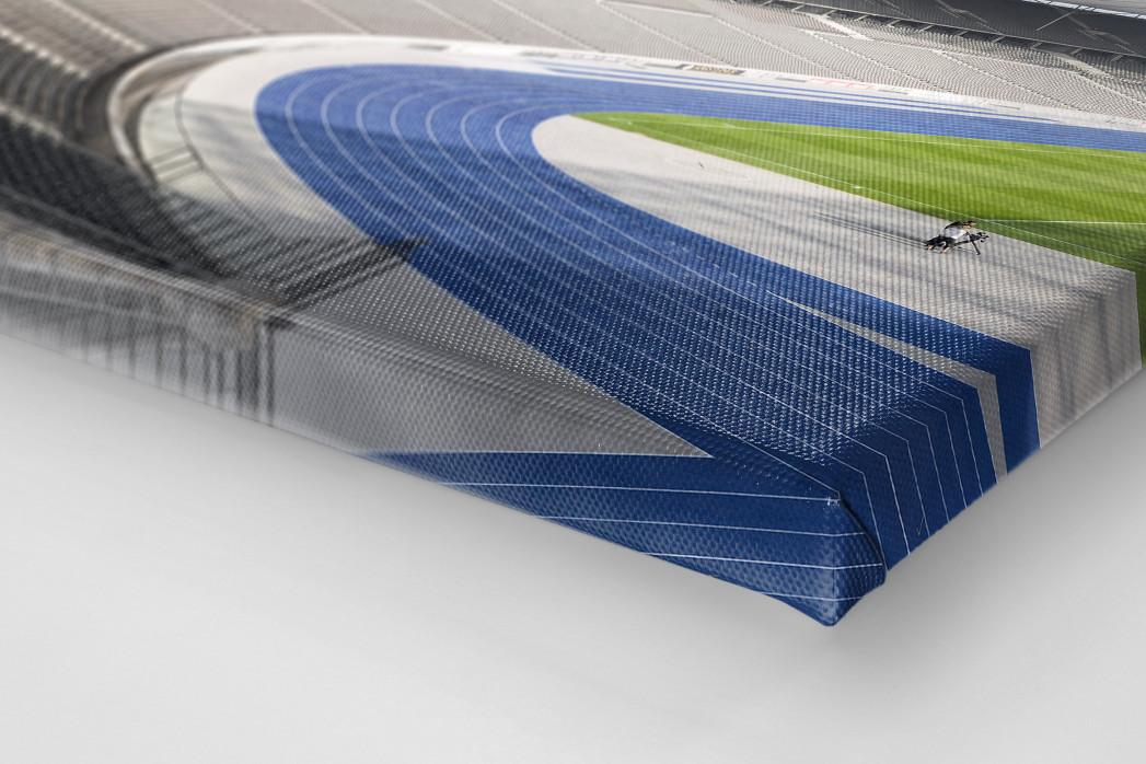 Kurve Olympiastadion als Leinwand auf Keilrahmen gezogen (Detail)