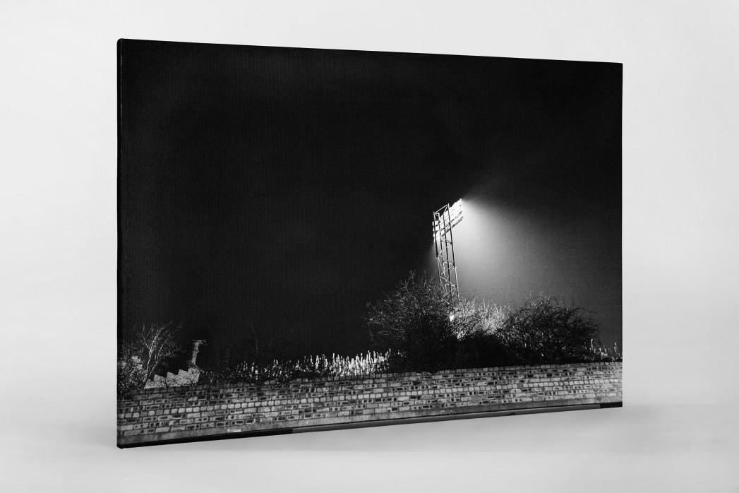 Flutlichtmast Cliftonhill Stadium als Leinwand auf Keilrahmen gezogen