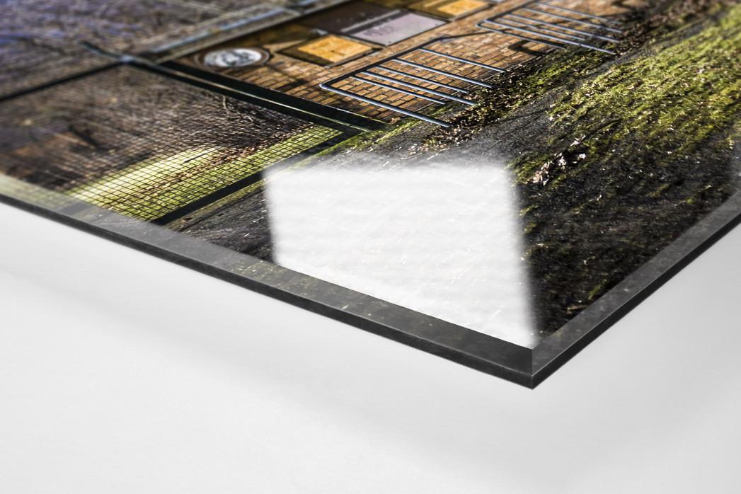 Kartenhäuschen Mommsenstadion als Direktdruck auf Alu-Dibond hinter Acrylglas (Detail)