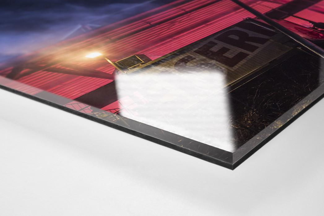 Red Light Special an der Alten Försterei als Direktdruck auf Alu-Dibond hinter Acrylglas (Detail)