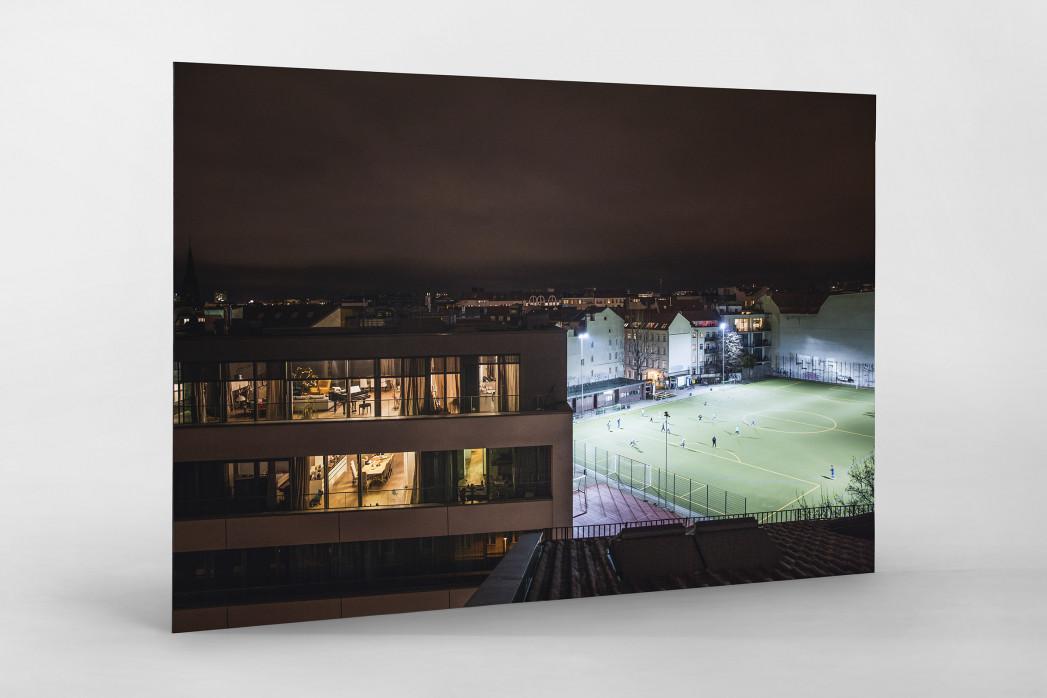 Fußballplatz Berlin Mitte (2) als auf Alu-Dibond kaschierter Fotoabzug