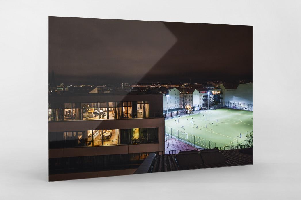 Fußballplatz Berlin Mitte (2) als Direktdruck auf Alu-Dibond hinter Acrylglas