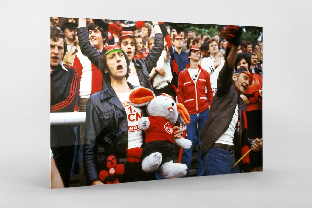 Club Fans 1978 als Direktdruck auf Alu-Dibond hinter Acrylglas
