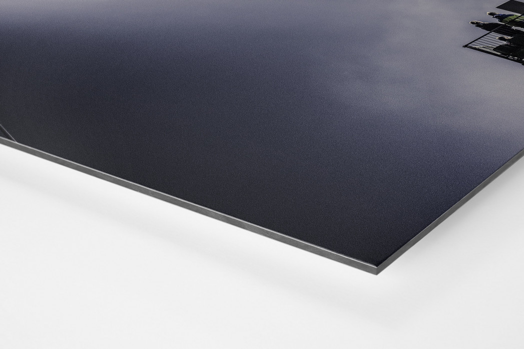 Zusatztribüne im Flutlicht als auf Alu-Dibond kaschierter Fotoabzug (Detail)