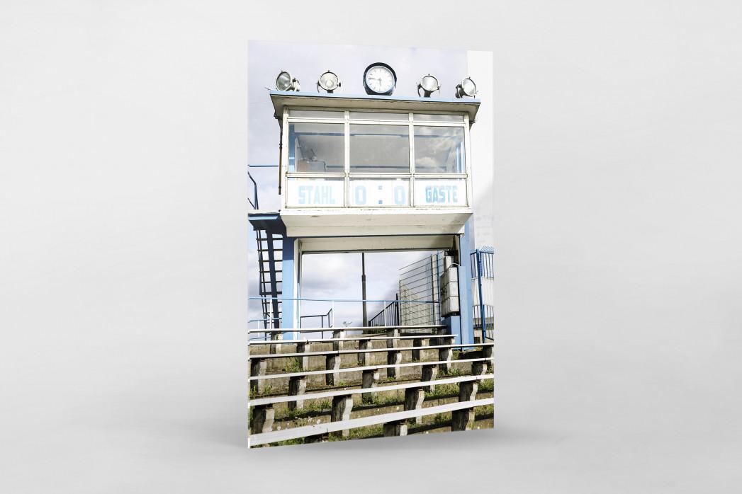 Anzeigetafel und Sprecherkabine bei Stahl Brandenburg als Direktdruck auf Alu-Dibond hinter Acrylglas