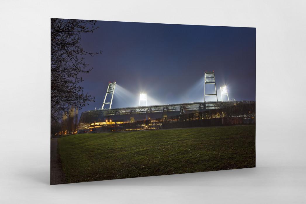 Weserstadion bei Flutlicht (Farbe-Querformat-1) als auf Alu-Dibond kaschierter Fotoabzug