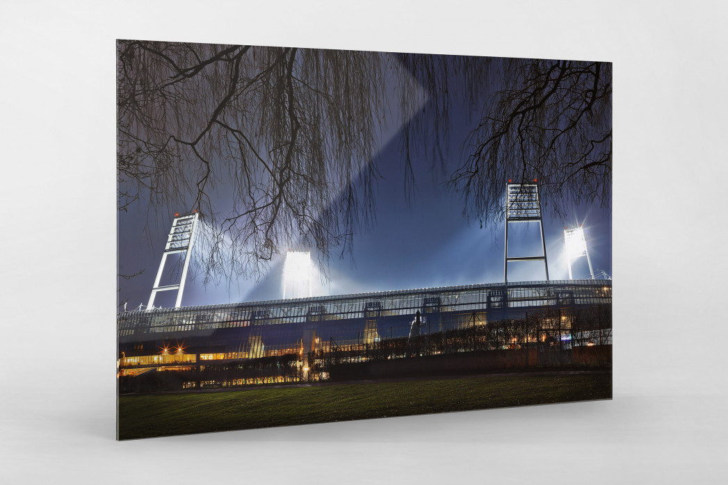 Weserstadion bei Flutlicht (Farbe-Querformat-2) als Direktdruck auf Alu-Dibond hinter Acrylglas