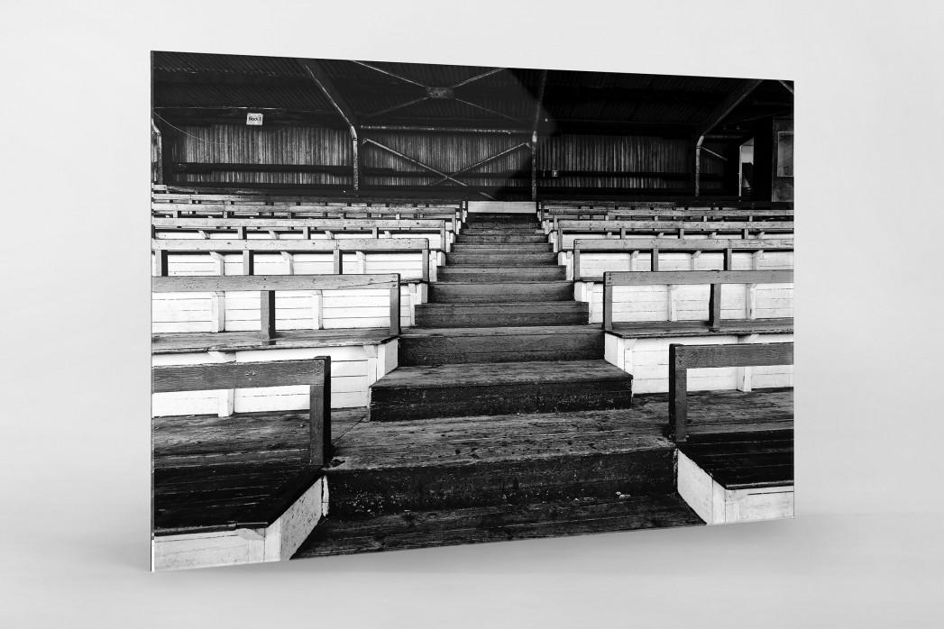 Tribüne Rudolf-Kalweit-Stadion (Schwarzweiß) als Direktdruck auf Alu-Dibond hinter Acrylglas