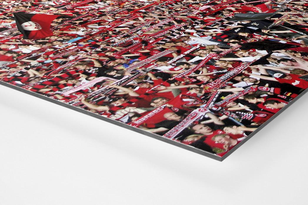 Club Fans in Berlin als auf Alu-Dibond kaschierter Fotoabzug (Detail)