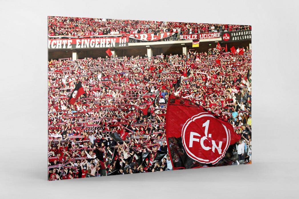 Club Fans in Berlin als Direktdruck auf Alu-Dibond hinter Acrylglas