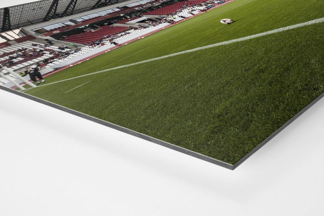Eckfahne Stadion Essen als auf Alu-Dibond kaschierter Fotoabzug (Detail)