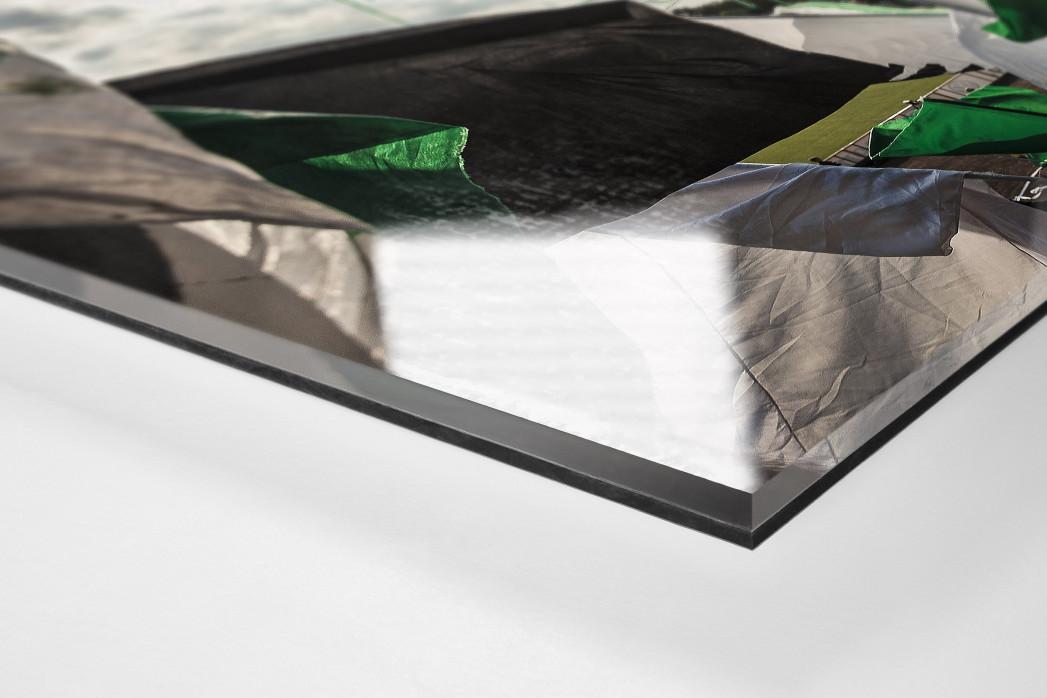 Münster Fahnen (Farbe) als Direktdruck auf Alu-Dibond hinter Acrylglas (Detail)
