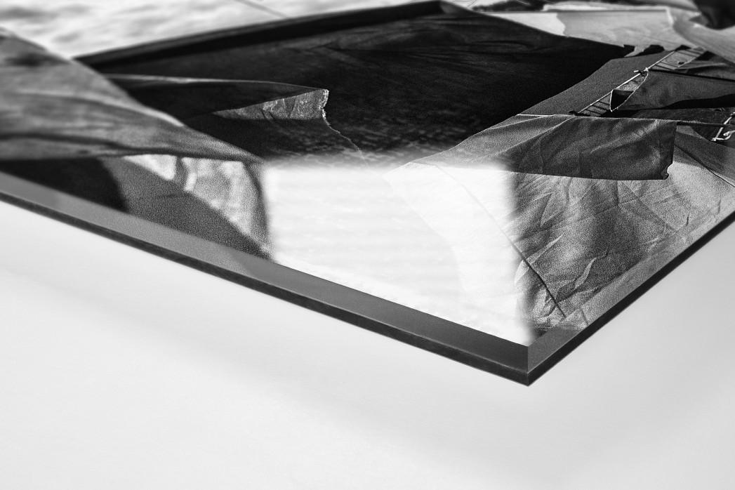 Münster Fahnen (s/w) als Direktdruck auf Alu-Dibond hinter Acrylglas (Detail)