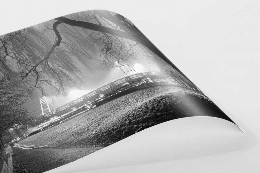Weserstadion bei Flutlicht (Schwarzweiß-Querformat-1) als FineArt-Print
