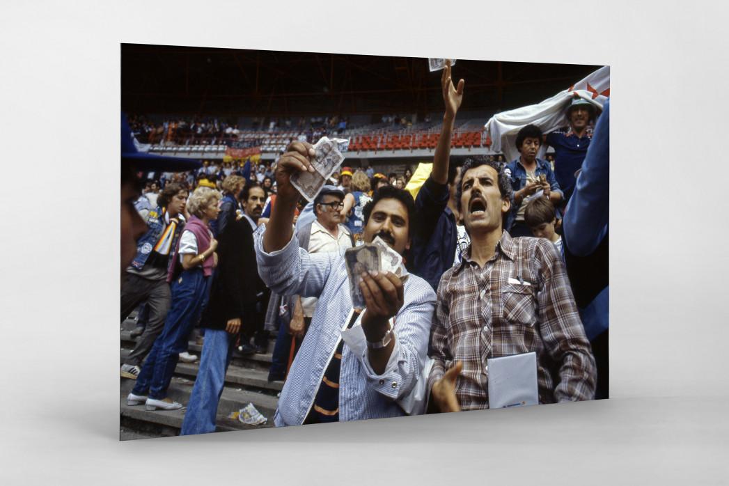 Algerische Fans in Gijon als auf Alu-Dibond kaschierter Fotoabzug