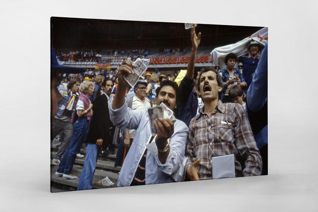 Algerische Fans in Gijon als Leinwand auf Keilrahmen gezogen