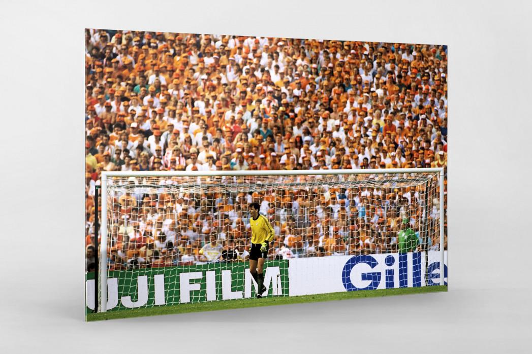 Bonner vor holländischen Fans als Direktdruck auf Alu-Dibond hinter Acrylglas