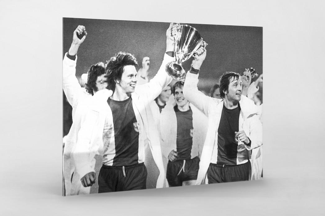 Magdeburger Europapokalsieger als Direktdruck auf Alu-Dibond hinter Acrylglas