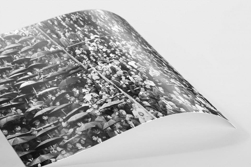 Regen auf der Tribüne als FineArt-Print