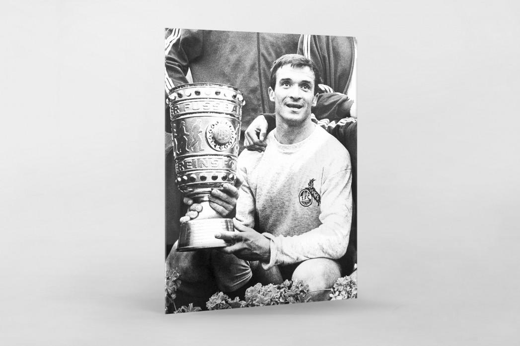 Šoškić und der Pokal als Direktdruck auf Alu-Dibond hinter Acrylglas