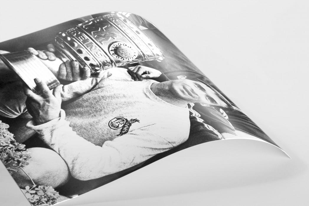 Šoškić und der Pokal als FineArt-Print