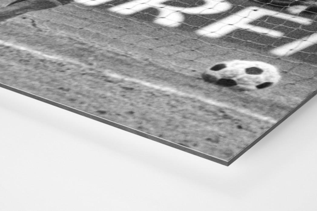 Torjubel Müller als auf Alu-Dibond kaschierter Fotoabzug (Detail)