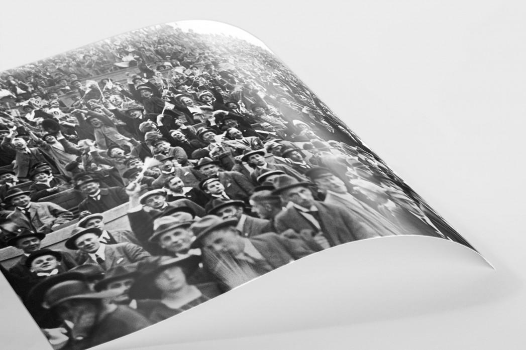 Zuschauer 1923 als FineArt-Print