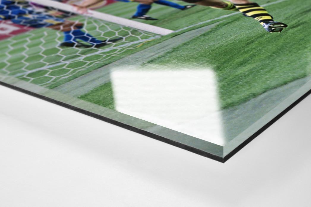 Riedle und Kohler jubeln als Direktdruck auf Alu-Dibond hinter Acrylglas (Detail)