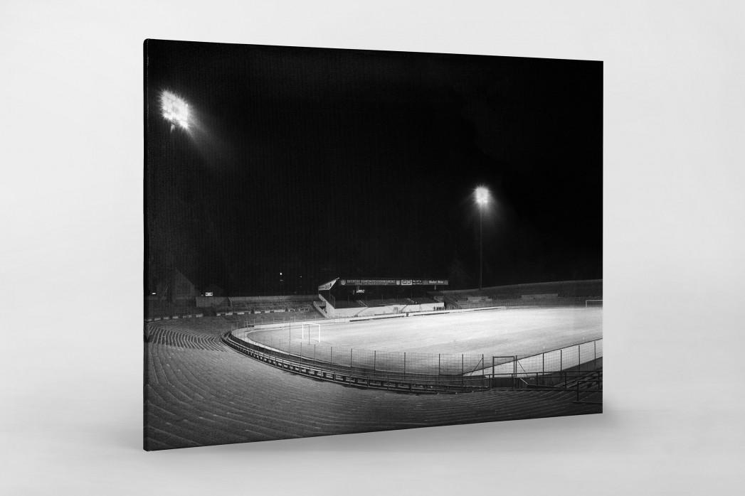 Flutlichtanlage Stadion an der Grünwalder Str. als Leinwand auf Keilrahmen gezogen