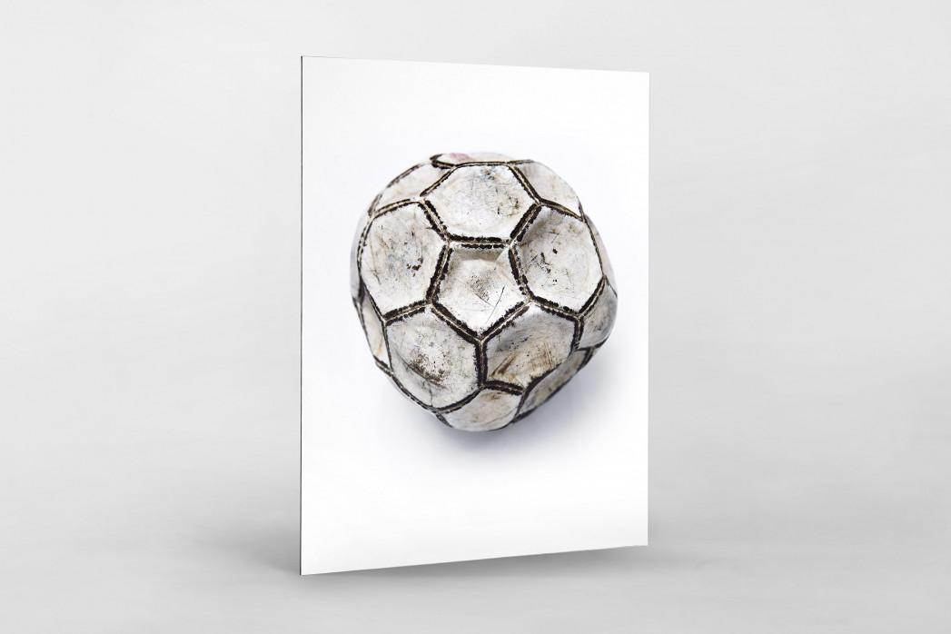 Alter Ball als auf Alu-Dibond kaschierter Fotoabzug
