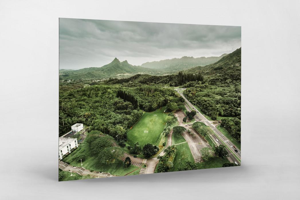 Fußballplatz in Honolulu als auf Alu-Dibond kaschierter Fotoabzug