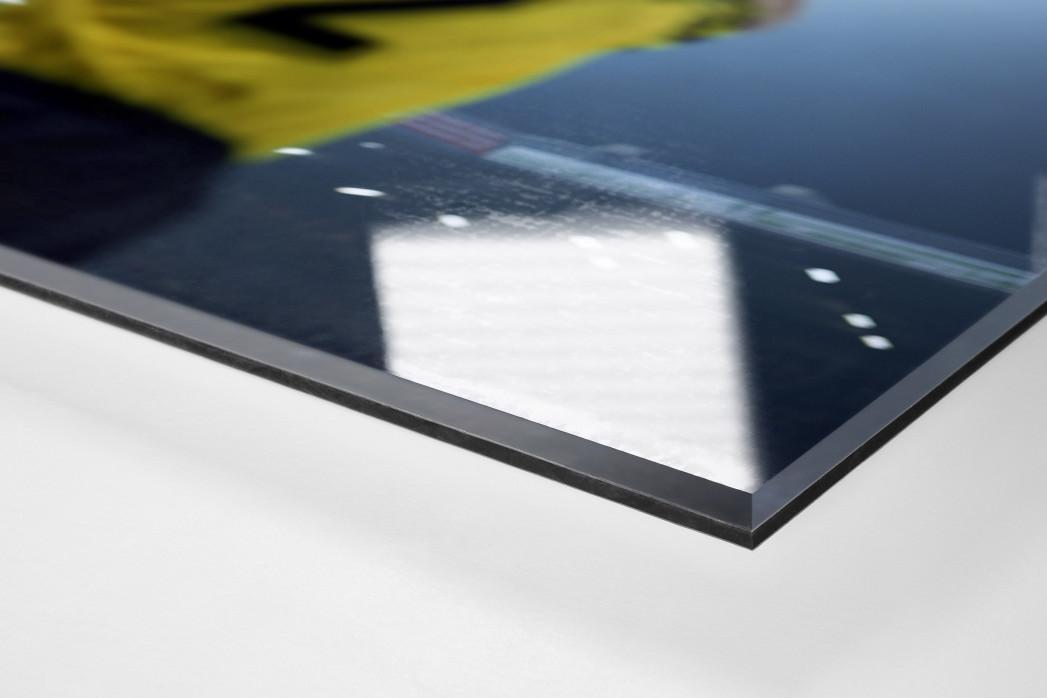 BVB Einwurf als Direktdruck auf Alu-Dibond hinter Acrylglas (Detail)