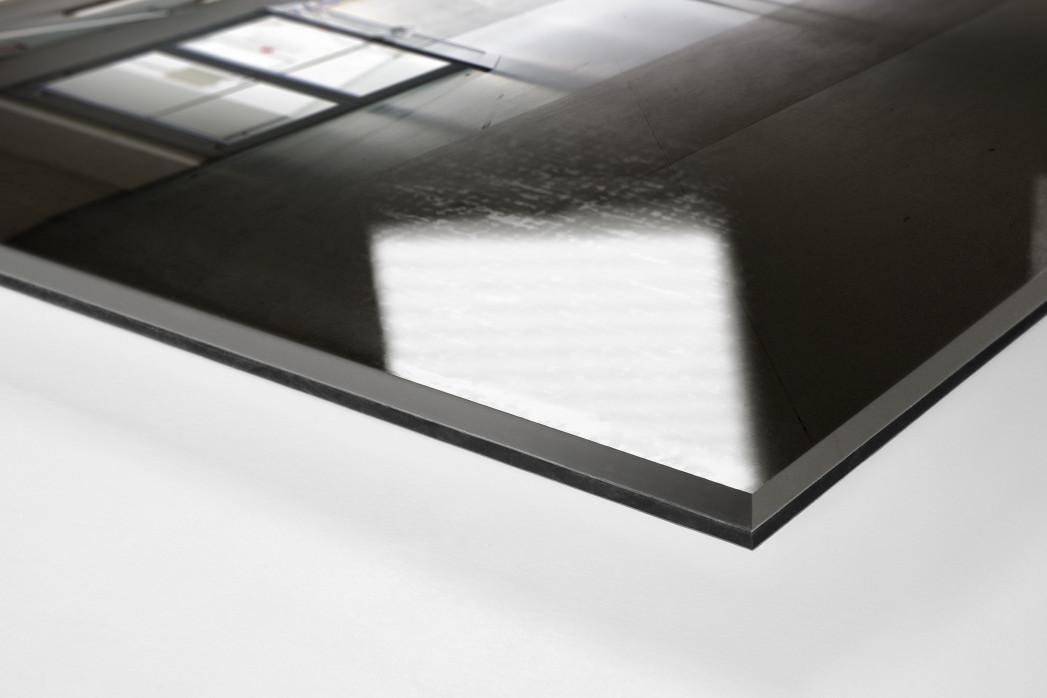 Spielertunnel ESPRIT arena als Direktdruck auf Alu-Dibond hinter Acrylglas (Detail)