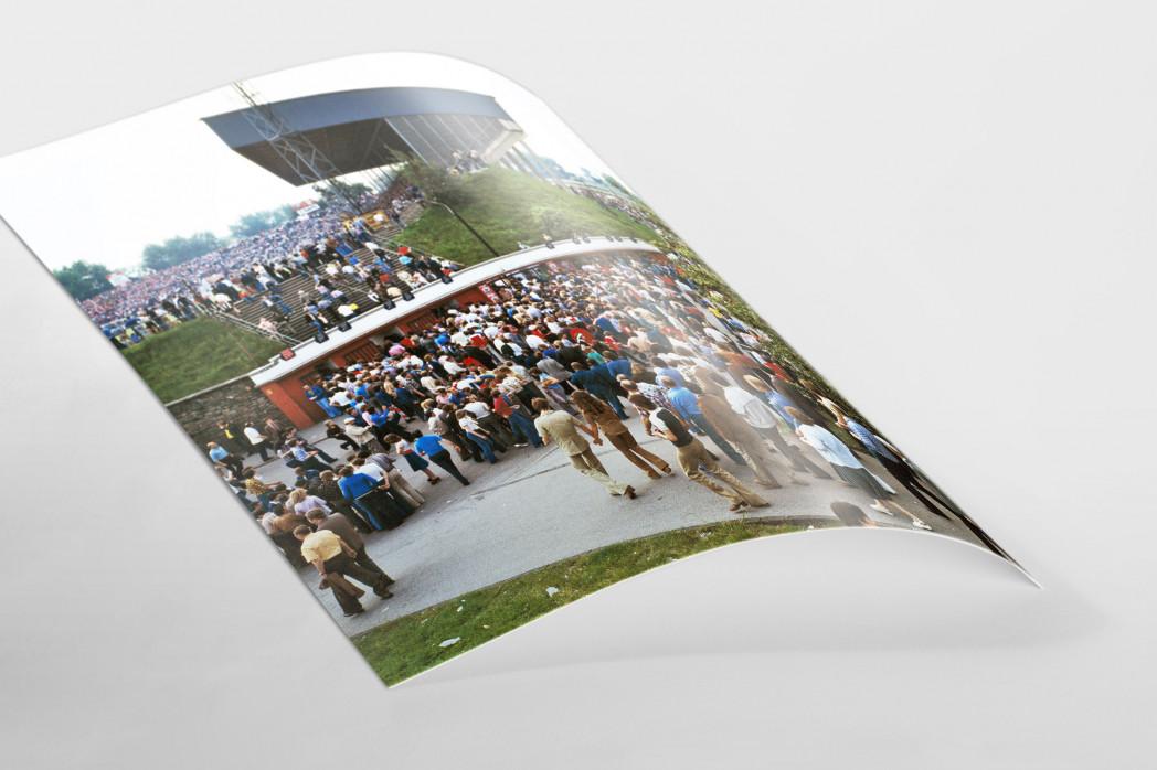 Vor dem Georg Melches Stadion 1978 als FineArt-Print