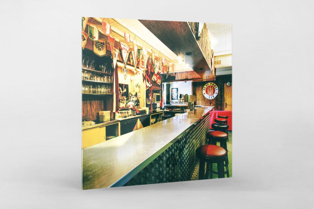 Bar im Klubheim St. Pauli als Direktdruck auf Alu-Dibond hinter Acrylglas