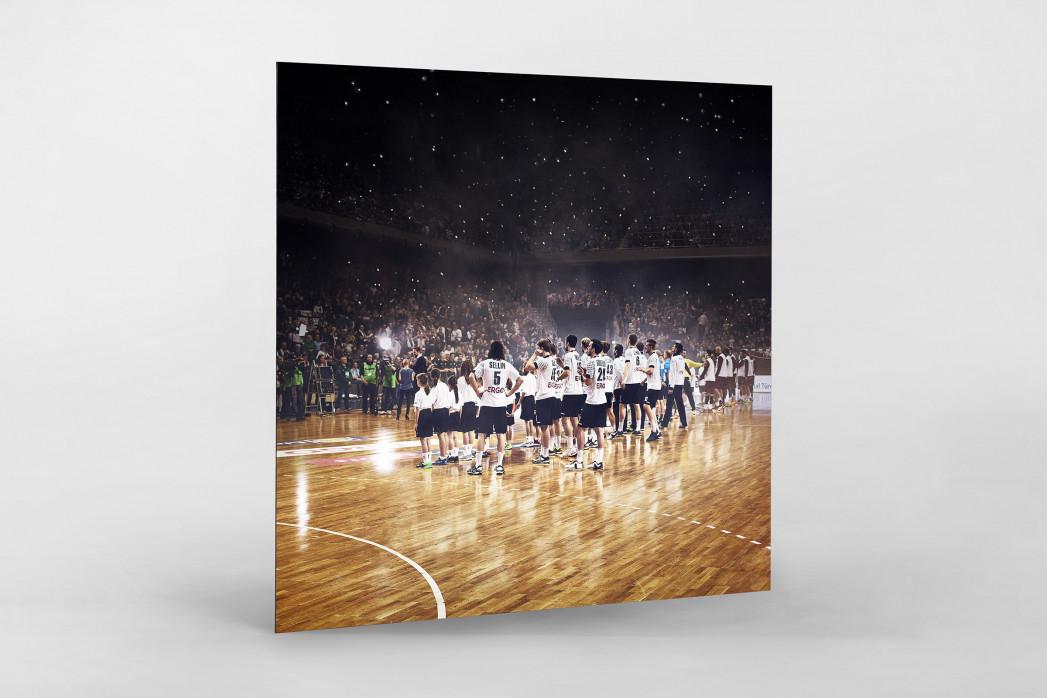 Standing Ovations für die Handballer als auf Alu-Dibond kaschierter Fotoabzug
