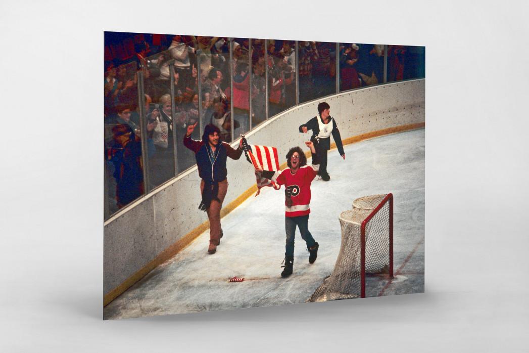 """Jubel nach dem """"Miracle On Ice"""" als auf Alu-Dibond kaschierter Fotoabzug"""