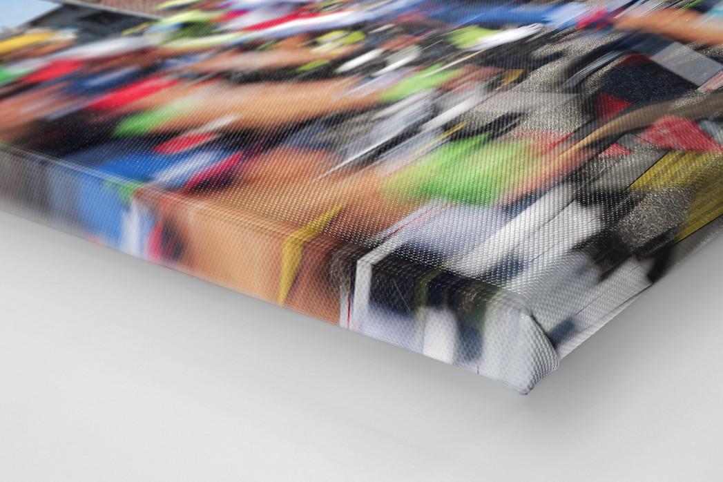 Vorbei an der Fleischerei bei der Tour 2015 als Leinwand auf Keilrahmen gezogen (Detail)
