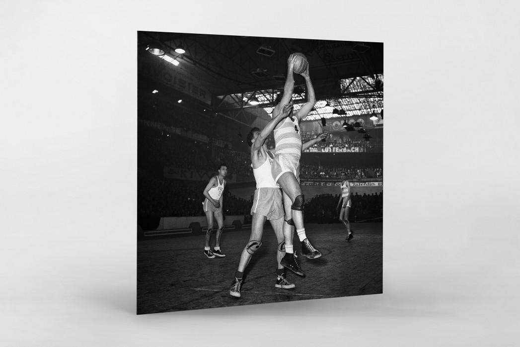 Basketball in Paris als auf Alu-Dibond kaschierter Fotoabzug