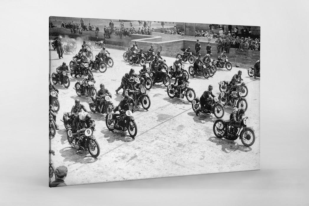 Motorradrennen 1930 als Leinwand auf Keilrahmen gezogen