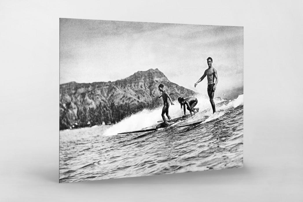 Surfen in Honolulu als auf Alu-Dibond kaschierter Fotoabzug