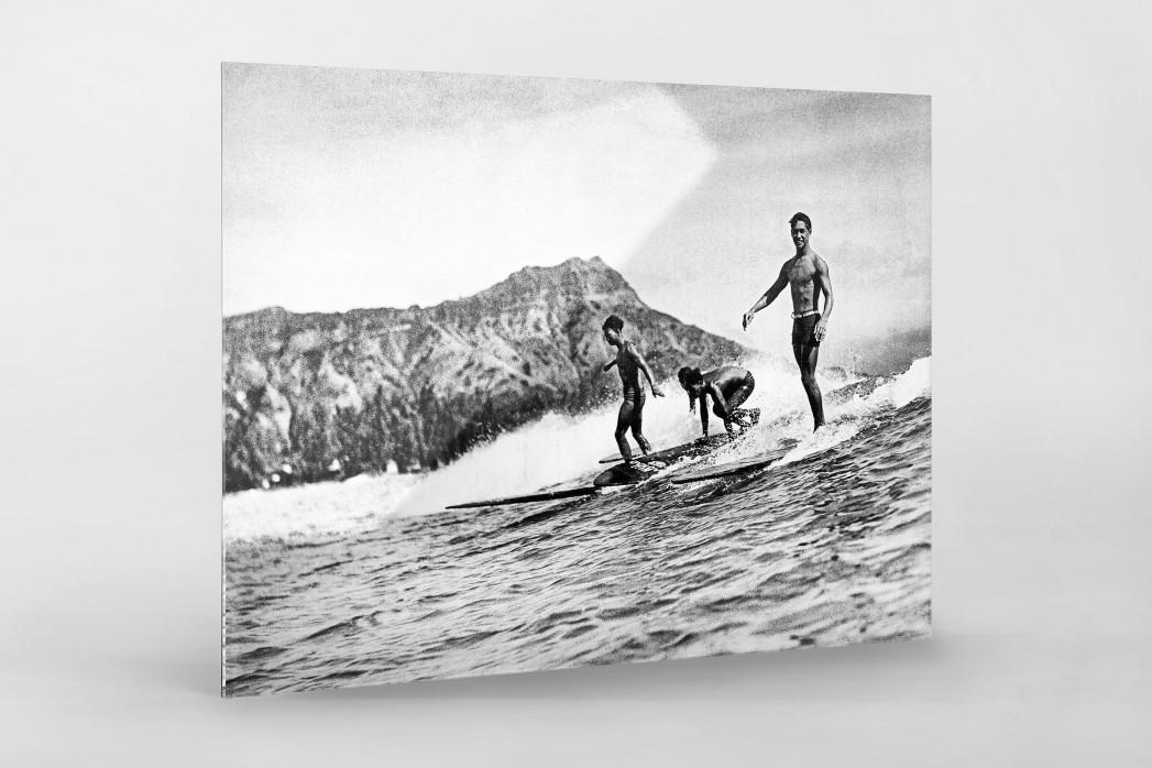 Surfen in Honolulu als Direktdruck auf Alu-Dibond hinter Acrylglas