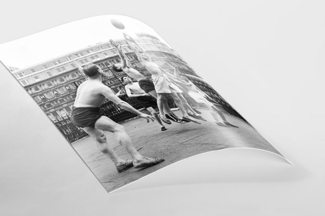 Ballspiel auf dem Schulhof (2) als FineArt-Print