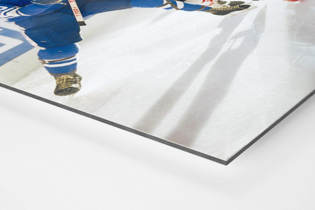 Kampf auf dem Eis als auf Alu-Dibond kaschierter Fotoabzug (Detail)