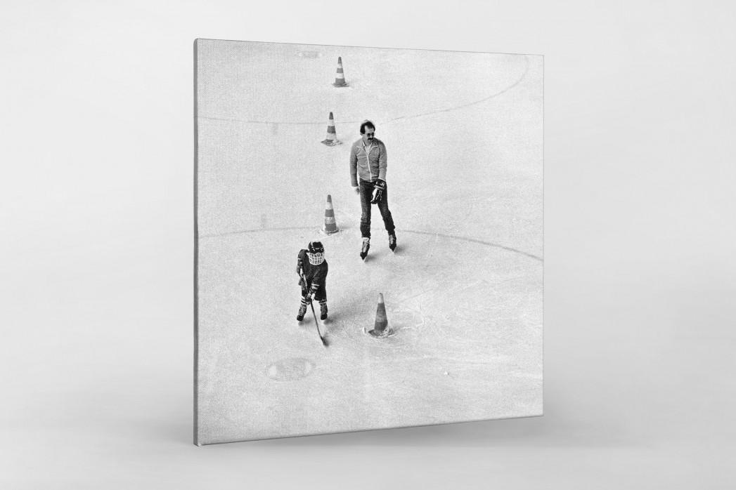 Eishockeynachwuchs in den Siebzigern als Leinwand auf Keilrahmen gezogen
