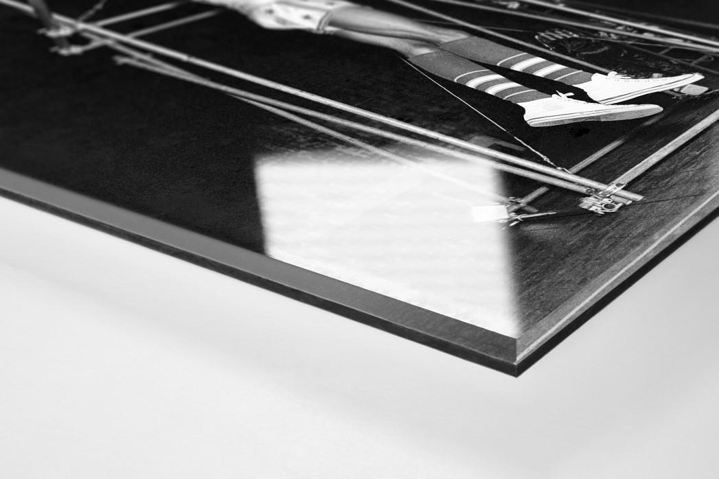 Training der Basketballkünstler als Direktdruck auf Alu-Dibond hinter Acrylglas (Detail)