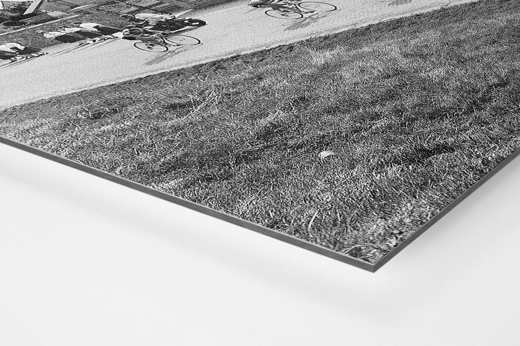 Vorbei am Friedhof bei Lüttich-Bastogne-Lüttich als auf Alu-Dibond kaschierter Fotoabzug (Detail)